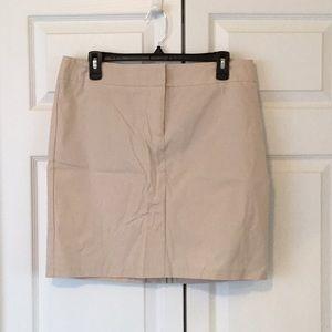 NWT New York & Co. Khaki Stretch Skirt Size 10